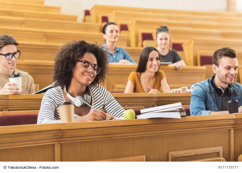 Fachhochschule oder Universität?